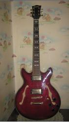 Продам эл.гитару « Maestro».